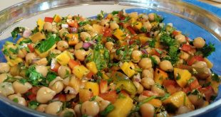 Chickpea salad with balsamic vinegar