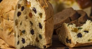 Panettone with Balsamic Vinegar