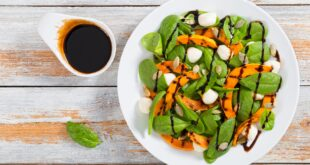 Spinach salad and baked pumpkin