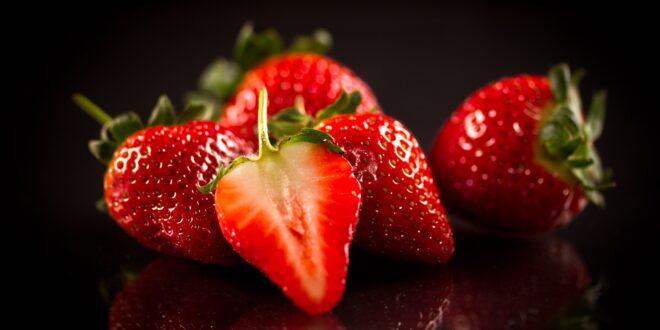 Strawberries with Balsamic Vinegar of Modena